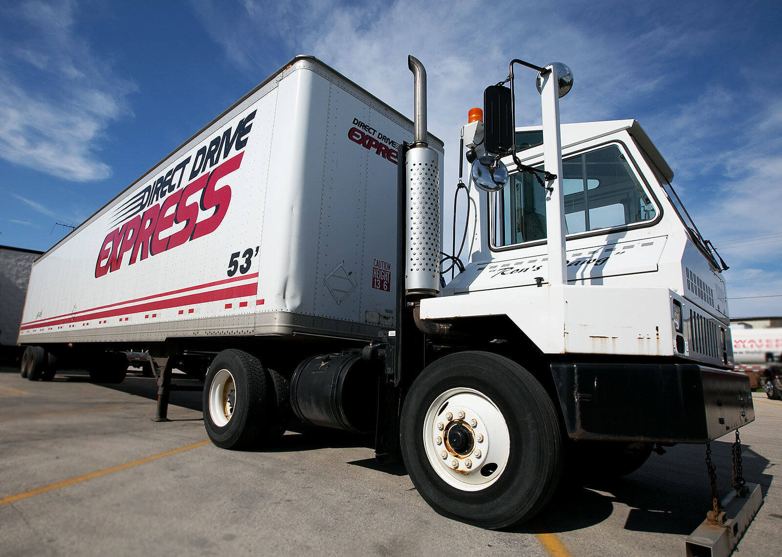 Semi truck fleet marketing photography services for Direct Drive Logistics